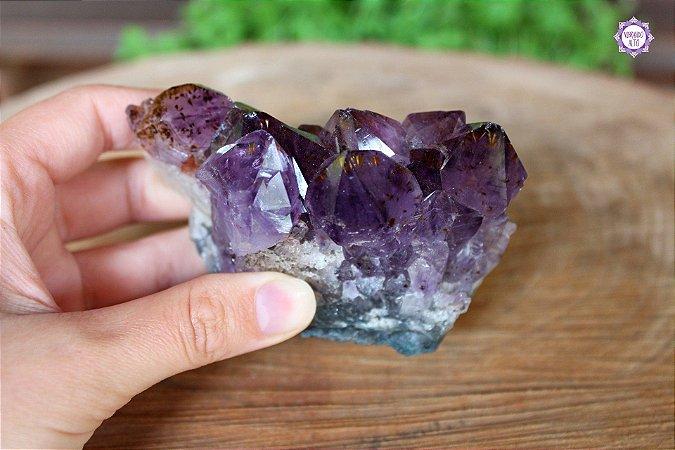 Drusa de Ametista com Cacoxenita (Super Seven) 239g | Cristal de Proteção, Transmutação e Purificação Espiritual