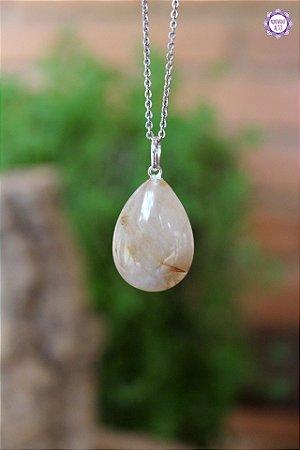 Pingente Gota de Quartzo Rutilado (Prata 950) | Cristal de Percepção Expandida e Manifestação