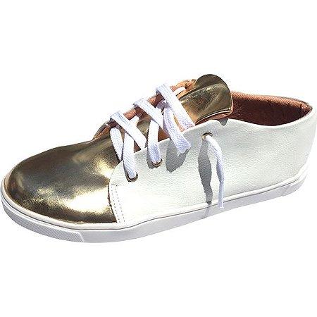 8ff88f4df18 Tênis Branco e Dourado MegaChic - MegaChic