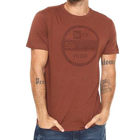 Camiseta New Era Corporate Fitted Marrom