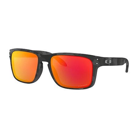 Óculos de Sol Oakley Holbrook Black Camo W/ Prizm Ruby