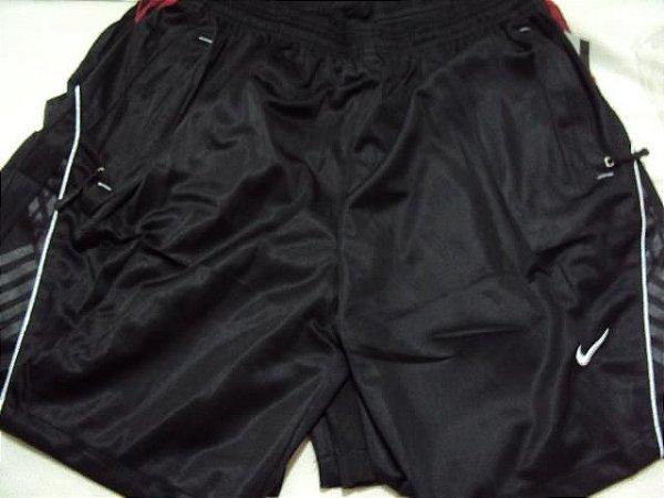 Shorts esportivos Nike adidas puma