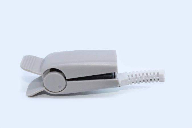 Capa tipo Clip Para Sensor de Oximetria Nellcor