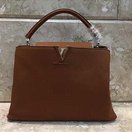 Bolsa Louis Vuitton Capucines MM Tote