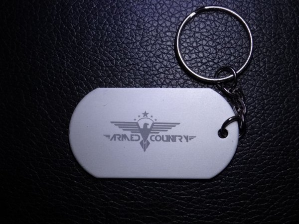 Chaveiro Dog Tag Armed Country Game