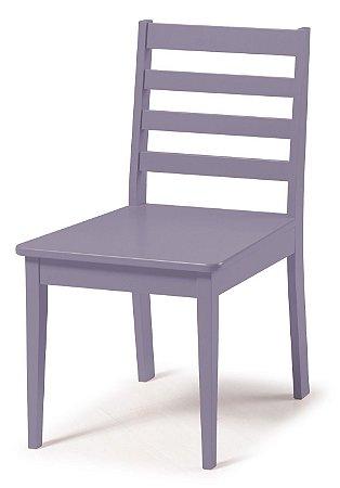 Cadeira Imperial com Encosto Ripado e Acento na Cor Lilás