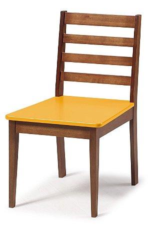 Cadeira Imperial com Encosto Ripado Marrom  e Acento na Cor Amarelo