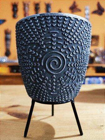 Vasinho Cerâmica flor Chumbo  + suporte e Macramê  09cm