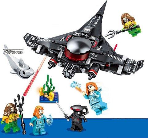 Set Aquaman Ataque do Arraia Negra Compatível Lego (232 peças)