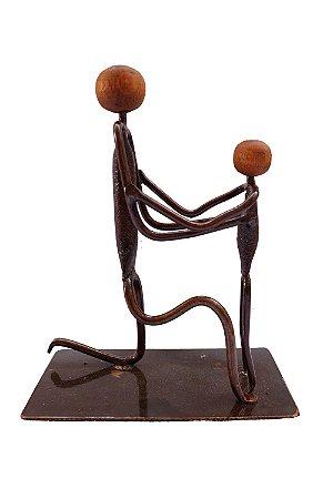 Escultura pai e filho