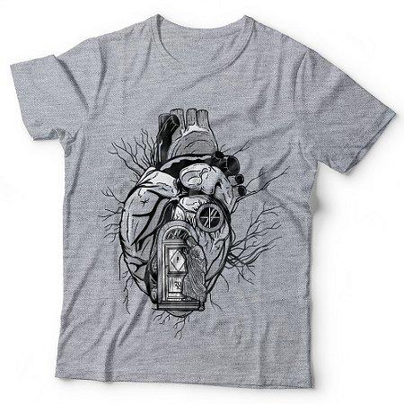 Camiseta Masculina - Morada