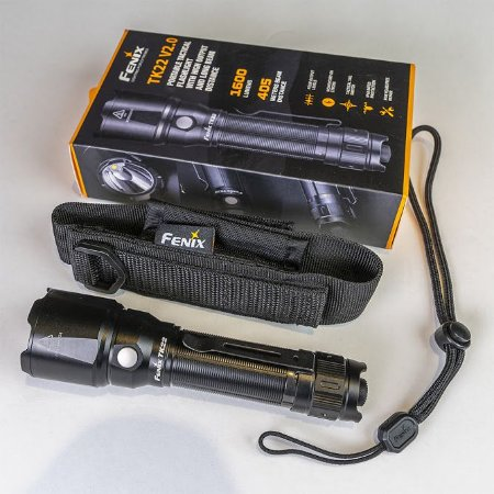 Lanterna Tática Longo Alcance Fenix TK22 V2.0 1600Lm