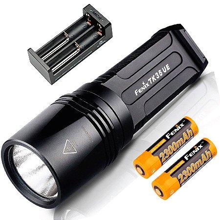 Kit Lanterna Holofote Fenix TK35 UE Potente 2000 Lumens Caça Busca e Resgate + Carregador e Baterias