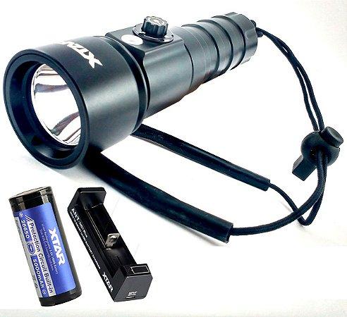 Kit Lanterna Led Cree de Mergulho Profissional Xtar D26 Whale 1100 Lumens 100 M + Super Carregador e Bateria