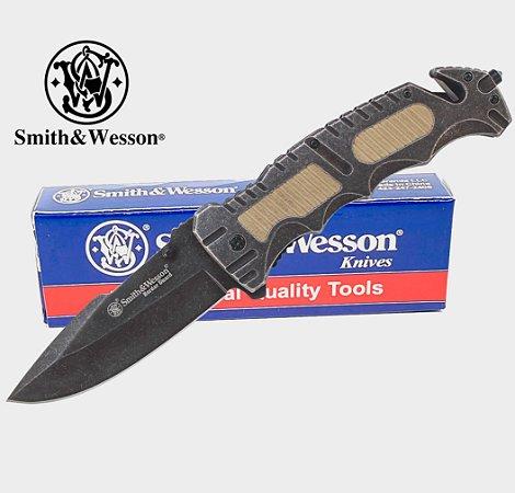 Canivete Grande e Forte Smith & Wesson Border Guard SWBG7 com Trava
