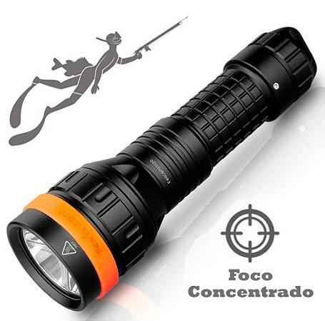 Lanterna de Mergulho a Melhor para Pesca Sub Fênix SD10 Led Neutro Potente 930 Lumens