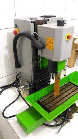 Fresadora CNC MR-11241
