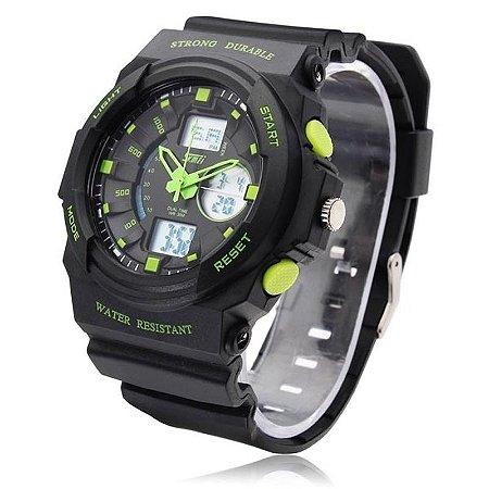5926f9d182b Relógio Masculino Skmei Anadigi 0955 Preto e Verde