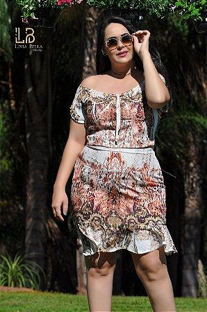 Vestido ciganinha em crepe sublimado com só e ziper lateral.