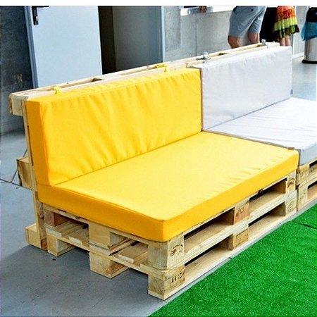 Sofá com encosto com almofada 2 lugares - almofadas em diversos materiais
