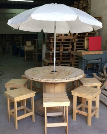 Mesa redonda 120 cm - carretel - (consulte com guarda-sol)