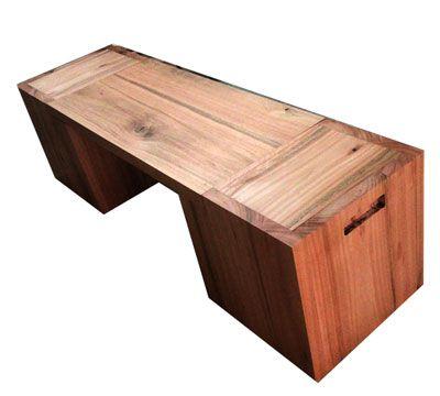 Banco Cambará em madeira maciça