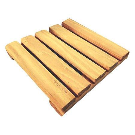 deck de pinus movel de palete 30x30 cm