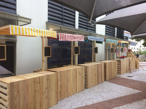 Barraca de feira de madeira festa junina, corporativo, gastronomia