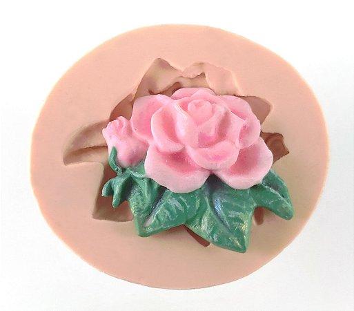 027 - Rosa com folhas