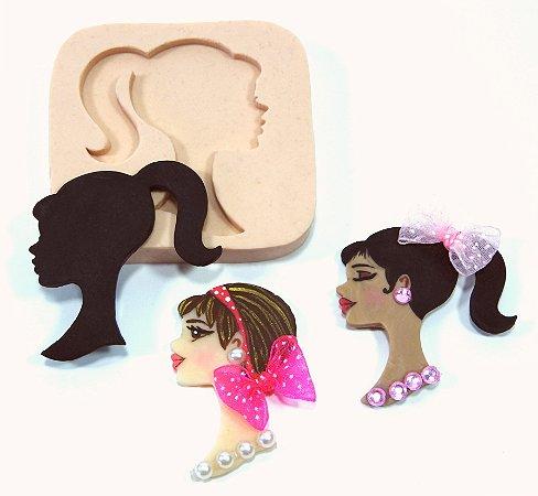 180 - Rosto sombra da Barbie
