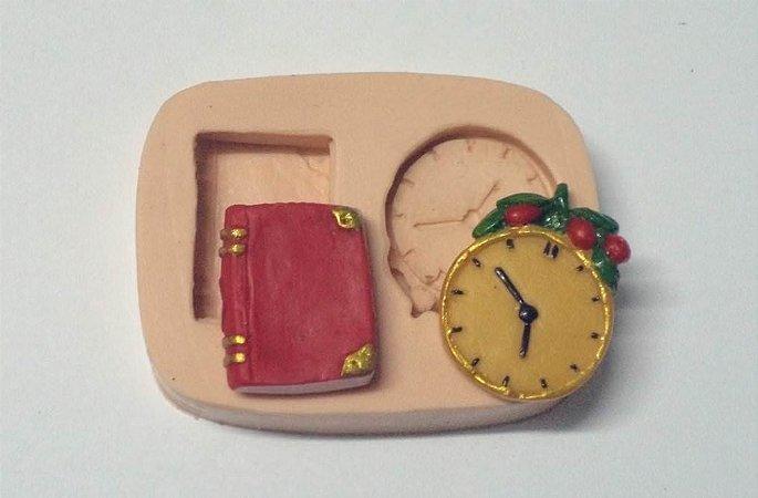 686 - Livro e relógio