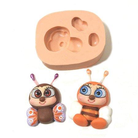 557 - Abelha e borboleta pequenas