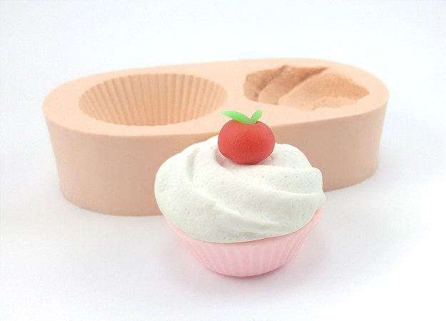 497 - Cupcake com Chantilly