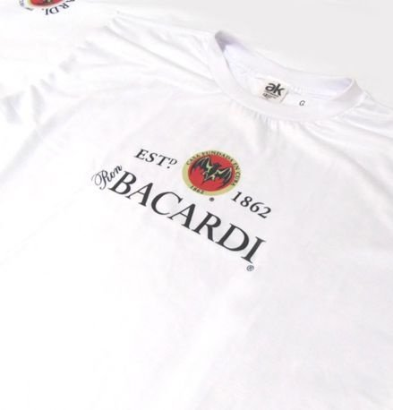 MK028 - Camiseta - Estampa Ron BACARDI