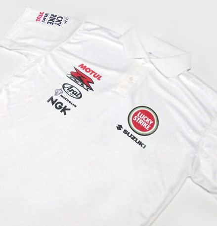 ES081 - Camisa Pólo Dry Fit - Team SUZUKI - LUCKY STRIKE - MOTO GP
