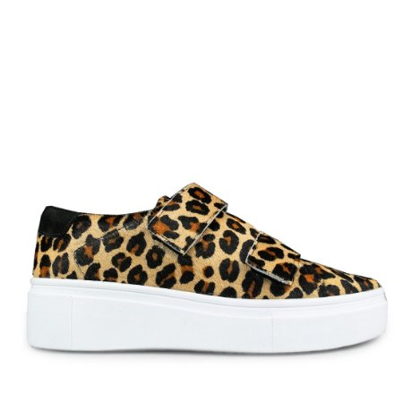Sneaker em couro animal print mod482