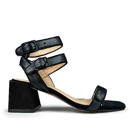 Sandalia em couro comfort preto mod525