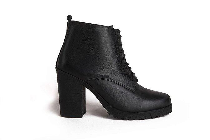 Bota feminina em couro preto mod226