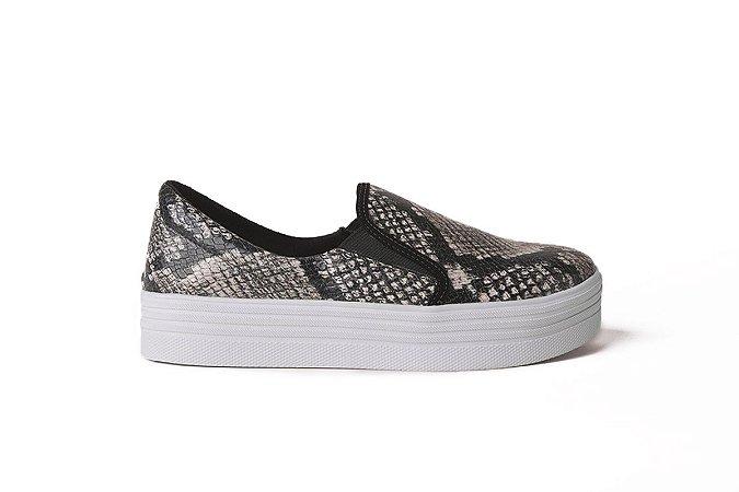 Sneaker em couro snake preto e branco mod144