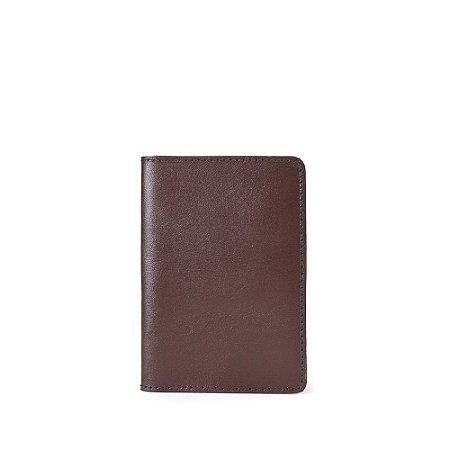 Porta Passaporte Balaia em couro Chocolate