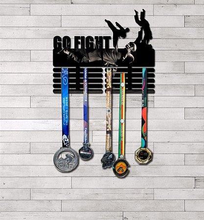 """Porta Medalhas """"Go Fight"""" Masculino"""