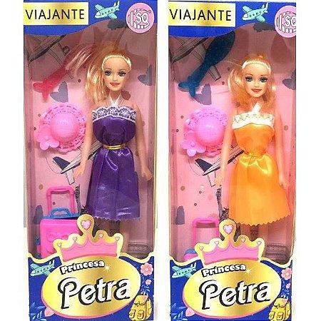 Boneca PETRA VIAJANTE com kit de viagem SQ3601
