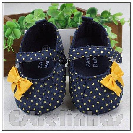 Sapatinho Azul Marinho c/ Laço Amarelo