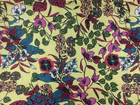 Tecido de Decoração Floral fd. Amarelo (0,50m x 1,40m)