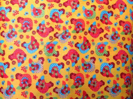 Tecido para Patchwork Galinhas fd. Amarelo (0,50m x 1,50m)