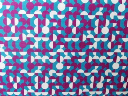 Tecido para Patchwork Estampa Digital Geométrico Verde, Roxo e Cinza (0,50m x 1,40m)