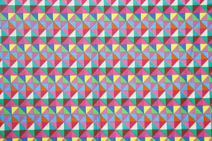 Tecido para Patchwork Estampa Digital Triângulos (0,50m x 1,50m)