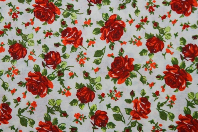 Tecido para Patchwork Floral Vermelho fd. Palha (0,50m x 1,50m)