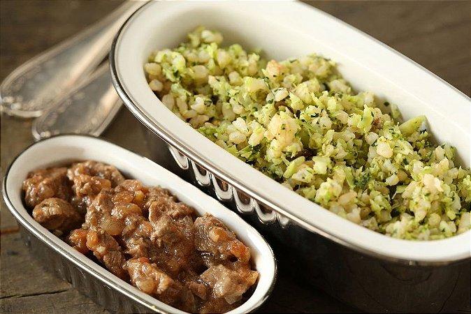 Picadinho de filé mignon e arroz integral com brócolis