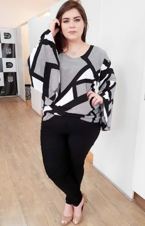 Blusa Clean Estampa Black White